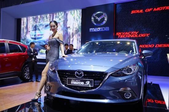 Mazda3 đắt khách năm 2015