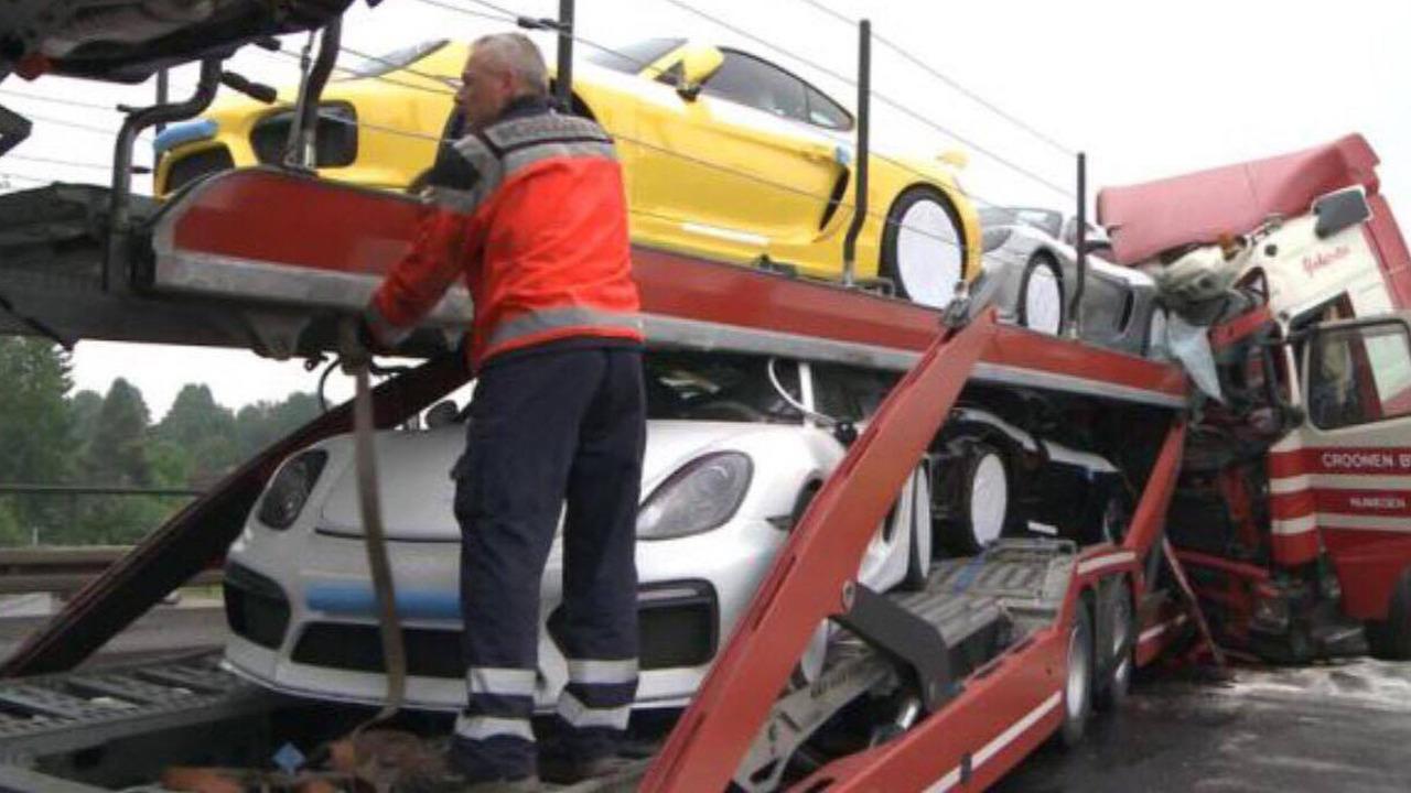Tai nạn xe Porsche 2