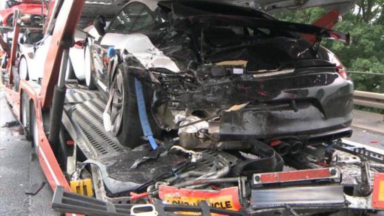 Tai nạn xe Porsche 8
