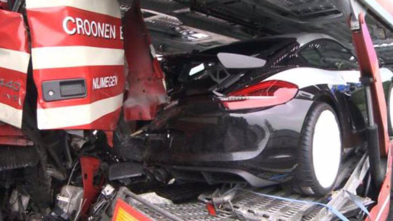 Tai nạn xe Porsche 10