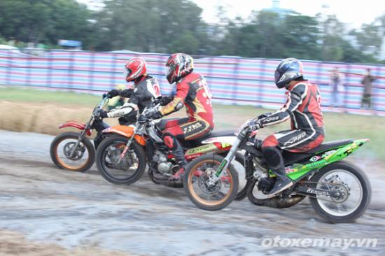 niềm đam mê đua xe của người Sài GònA5