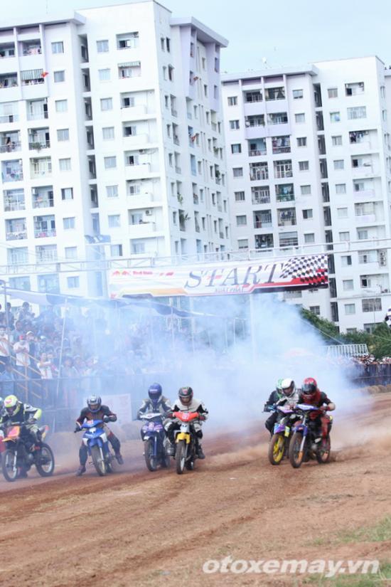 niềm đam mê đua xe của người Sài GònA7