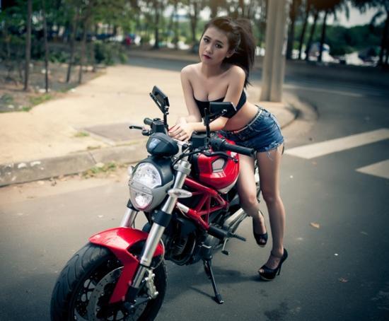môtô cho cô nàng cá tính A6