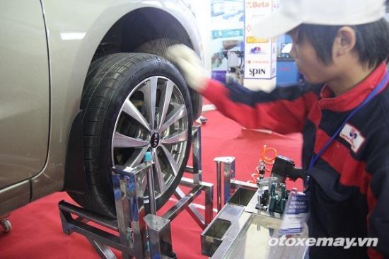 Cách đảo lốp ô tô A3