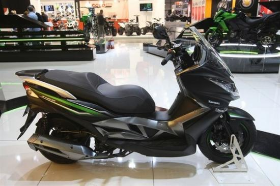 Kawasaki ra mắt xe ga 125 cc A3
