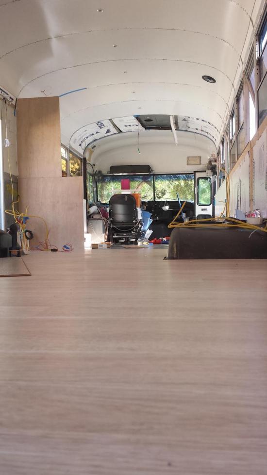 Xe buýt nhà di động A8