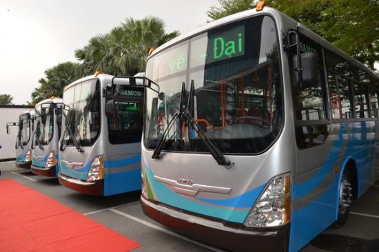 xe buýt sử dụng nhiên liệu sạch CNG