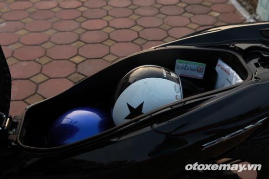 Honda PXC và Yamaha NM-X A3