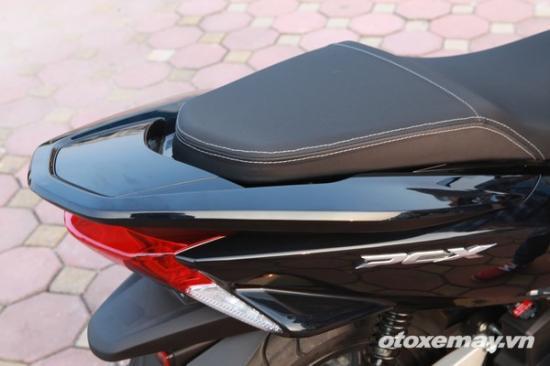Honda PXC và Yamaha NM-X A5