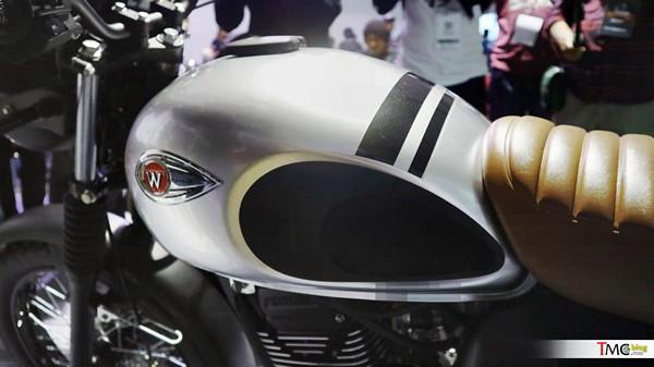 Kawasaki W175 4