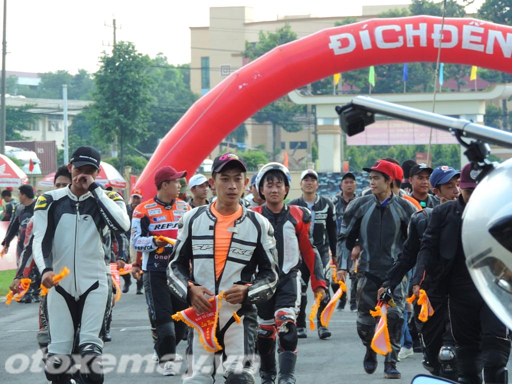 Sôi sục đua xe Honda Racing Bình Dương_ảnh1