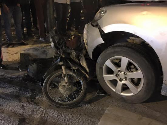 Xe Hyundai Grand i10 bị va chạm tại khoảng bến xe Mỹ Đình và đuổi theo xe Santa Fe - ảnh4
