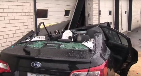Subaru Legacy tai nạn 5