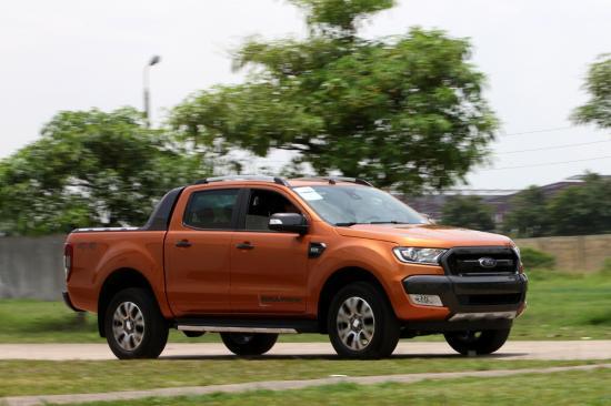 xe Ford Ranger 6