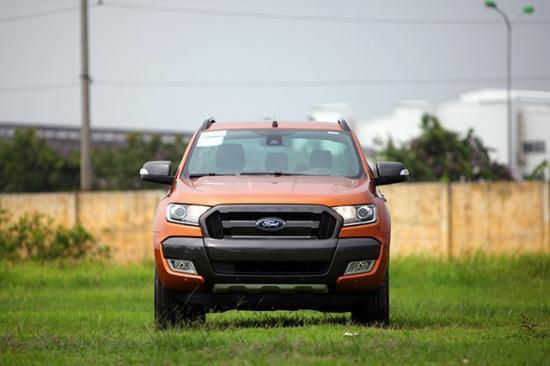 xe Ford Ranger 2