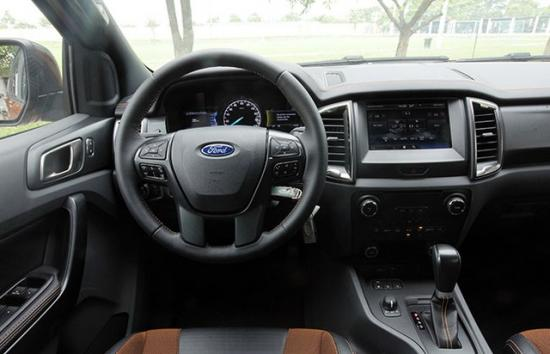 xe Ford Ranger 4