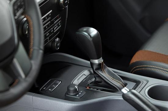 xe Ford Ranger 13