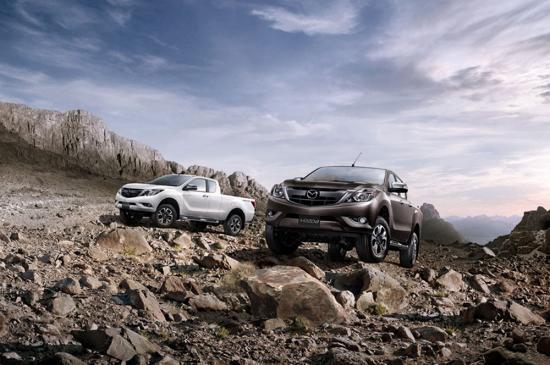 Mazda BT50 pro 2015 được nâng cấp nội/ngoại thất 9