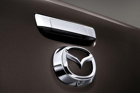 Mazda BT50 pro 2015 được nâng cấp nội/ngoại thất 12