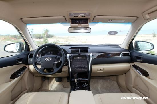 Trải nghiệm Toyota Camry 2015 18