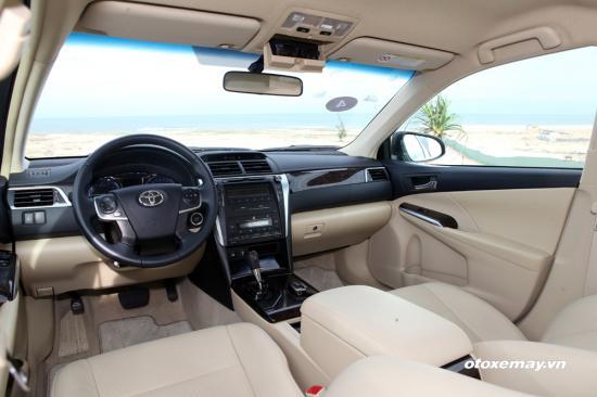 Trải nghiệm Toyota Camry 2015 24