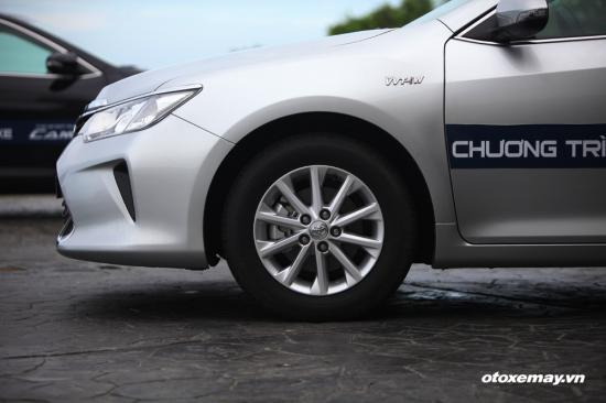 Trải nghiệm Toyota Camry 2015 9