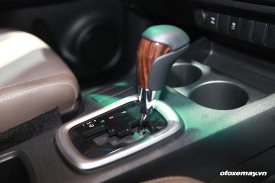 Toyota Hilux hoàn toàn mới_ảnh11