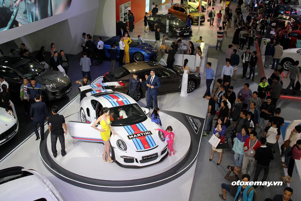 VIMS 2015: Ngày đầu triển lãm: 20.000 lượt khách, trên 60 xe bán_ảnh8