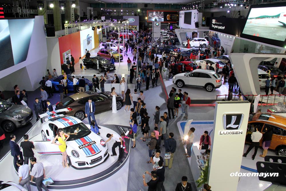 VIMS 2015: Ngày đầu triển lãm: 20.000 lượt khách, trên 60 xe bán_ảnh1
