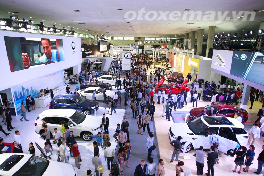 VIMS 2015: Ngày đầu triển lãm: 20.000 lượt khách, trên 60 xe bán_ảnh12