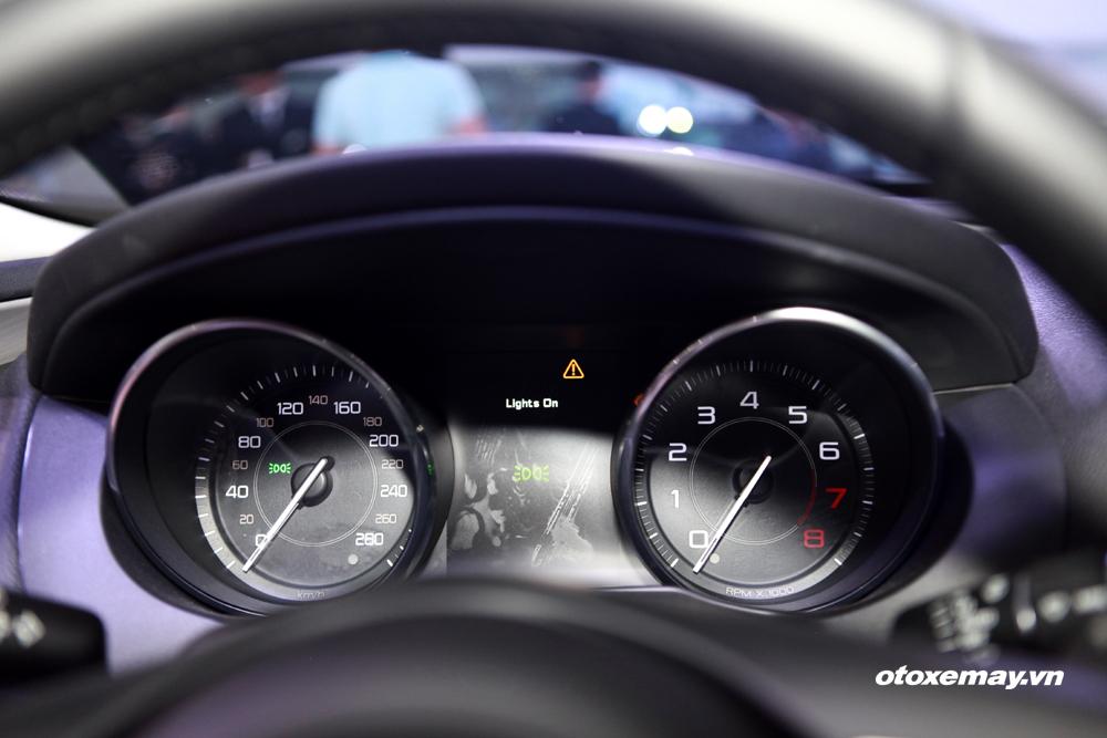 Jaguar XE 2015 làm nóng phân khúc sedan hạng sang Việt Nam-20