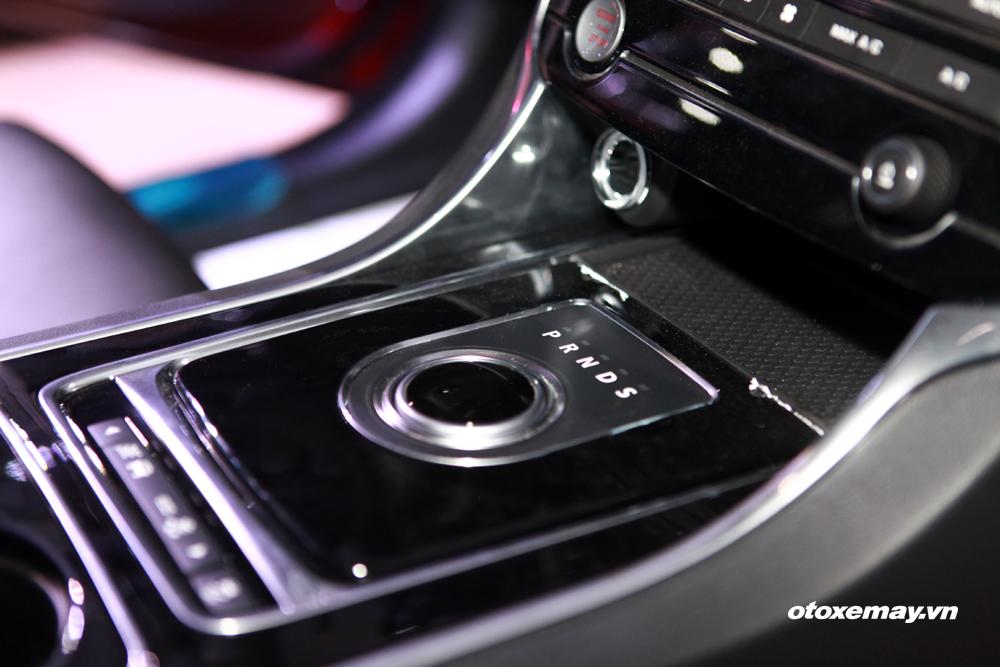 Jaguar XE 2015 làm nóng phân khúc sedan hạng sang Việt Nam-22