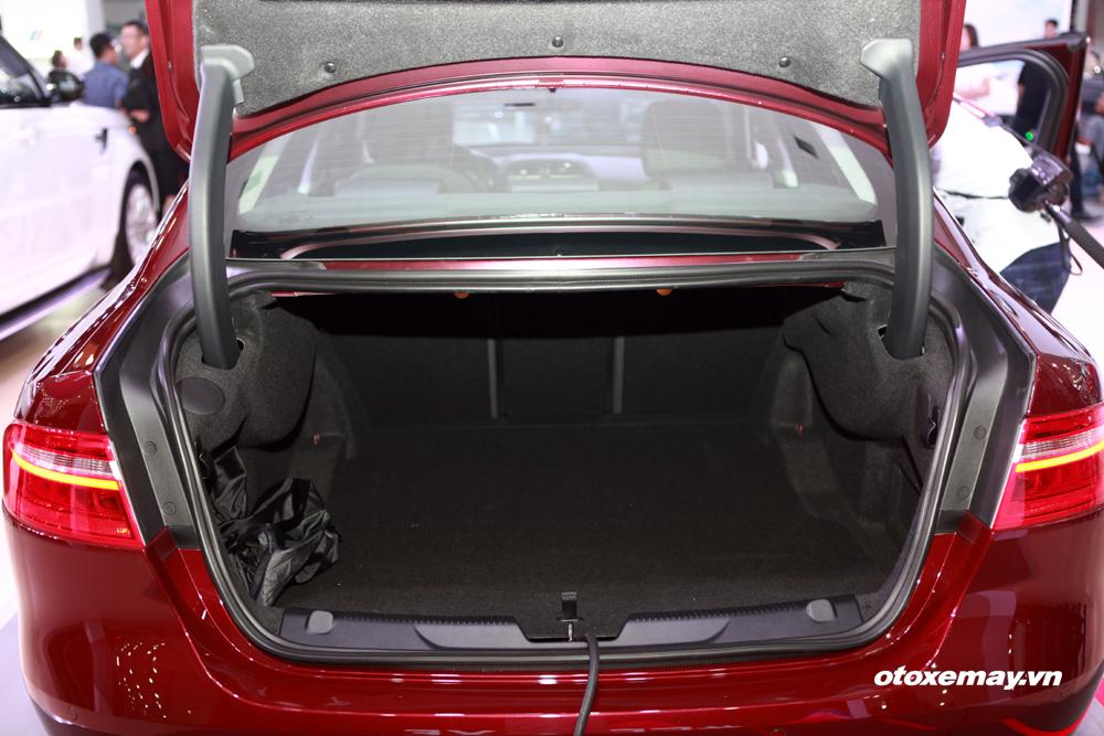 Jaguar XE 2015 làm nóng phân khúc sedan hạng sang Việt Nam-14