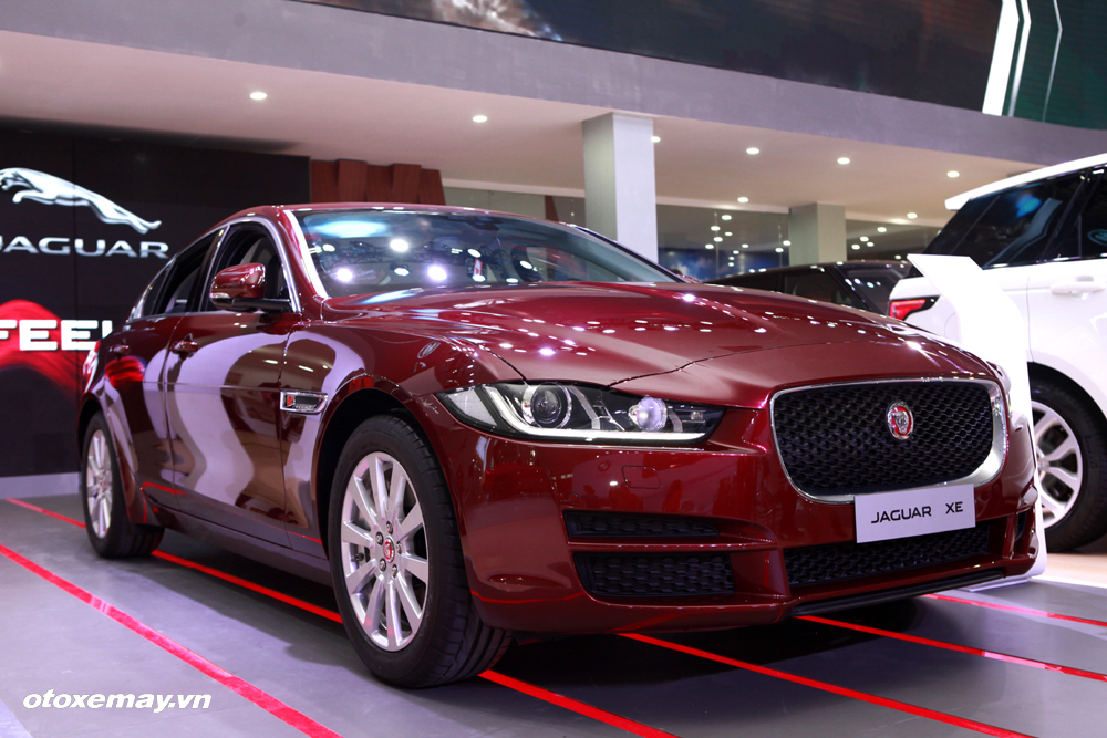 Jaguar XE 2015 làm nóng phân khúc sedan hạng sang Việt Nam-2