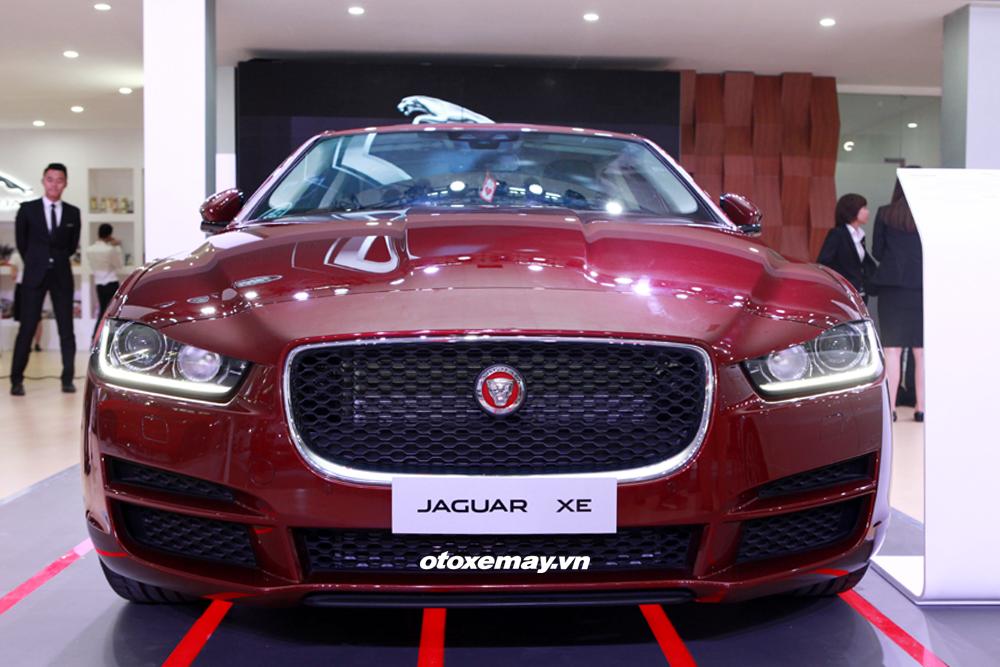 Jaguar XE 2015 làm nóng phân khúc sedan hạng sang Việt Nam-3