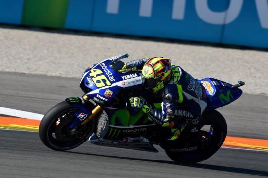 Rossi  7tuột chiến thắng ở vòng đua cuối