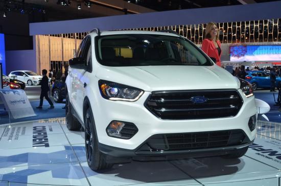 Ford tập trung khá nhiều vào nội thất xe 10
