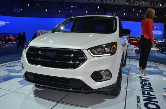 Ford tập trung khá nhiều vào nội thất xe 7