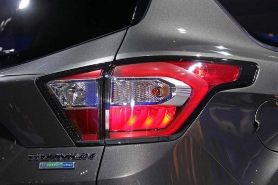 Ford tập trung khá nhiều vào nội thất xe