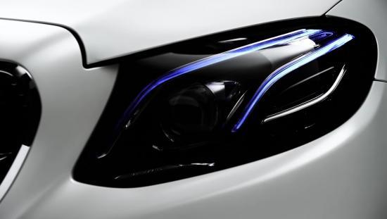 Mercedes-Benz E-Class Coupe 2017 sẽ ra mắt vào ngày 14/12 tới đây 2