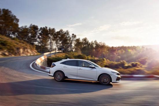 Chi tiết Honda Civic thế hệ thứ 10 bản Hatchback