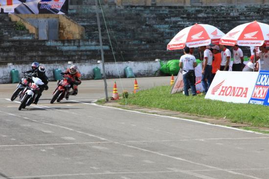 Honda Việt Nam lấn sân vào xe đua 9