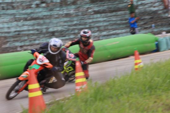 Honda Việt Nam lấn sân vào xe đua 17