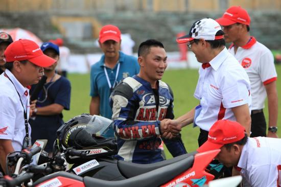 Honda Việt Nam lấn sân vào xe đua 19