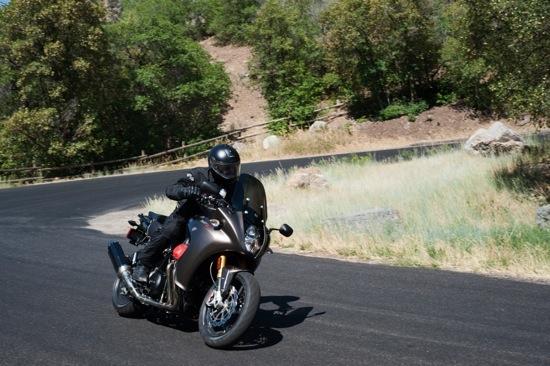 Phun xăng trực tiếp trên môtô ảnh 7