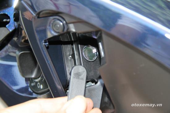 Cách sử dụng khoá thông minh Honda SH đời mới 7