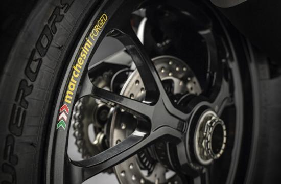 Ducati Monster 1200 R – naked bike mạnh nhất của Ducati ra mắt 9
