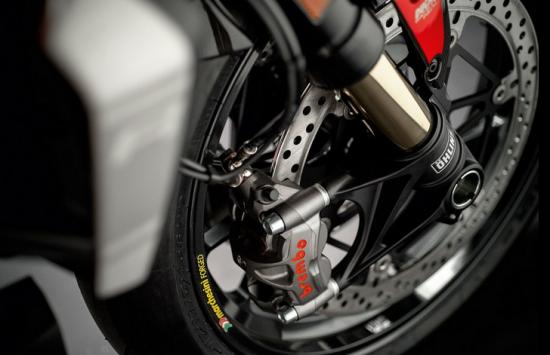 Ducati Monster 1200 R – naked bike mạnh nhất của Ducati ra mắt 6
