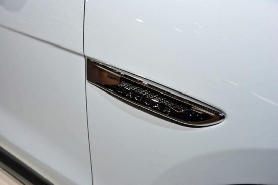 IAA 2015: Jaguar F-Pace nhiều tuỳ chọn động cơ có giá từ 42.000 USD_anh15