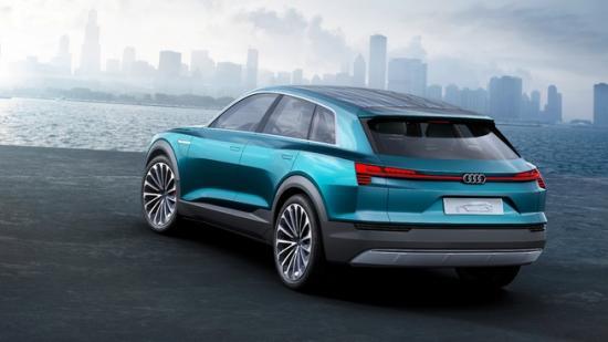 IAA 2015: Audi thách thức Tesla bằng E-tron Quattro đầy sắc sảo3